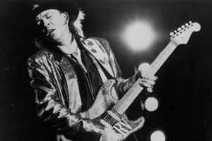 blues riff alla steve ray vaughan